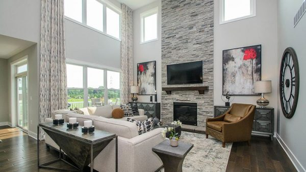Transitional style living room - Canterbury Model Ann Arbor